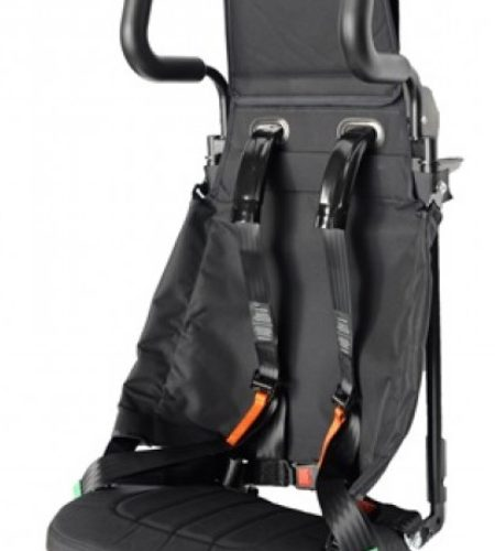 ProTEK® Light jest niskobudżetowym rozwiązaniem bardzo łatwego w montażu fotela załogi.